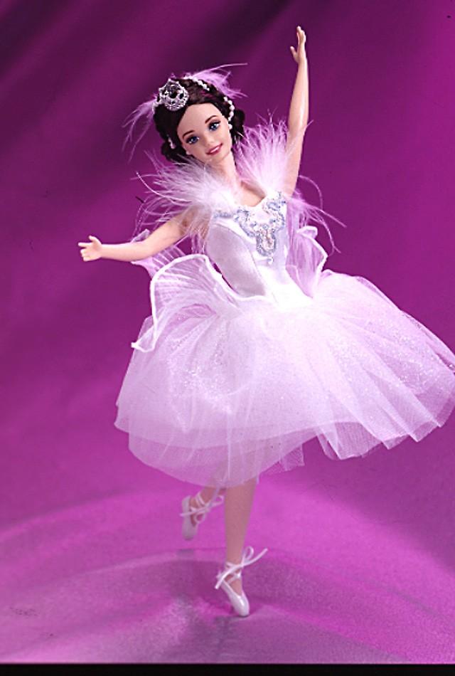 Онлайн купить Коллекционная кукла Барби Принцесса Лебедь(Лебединое