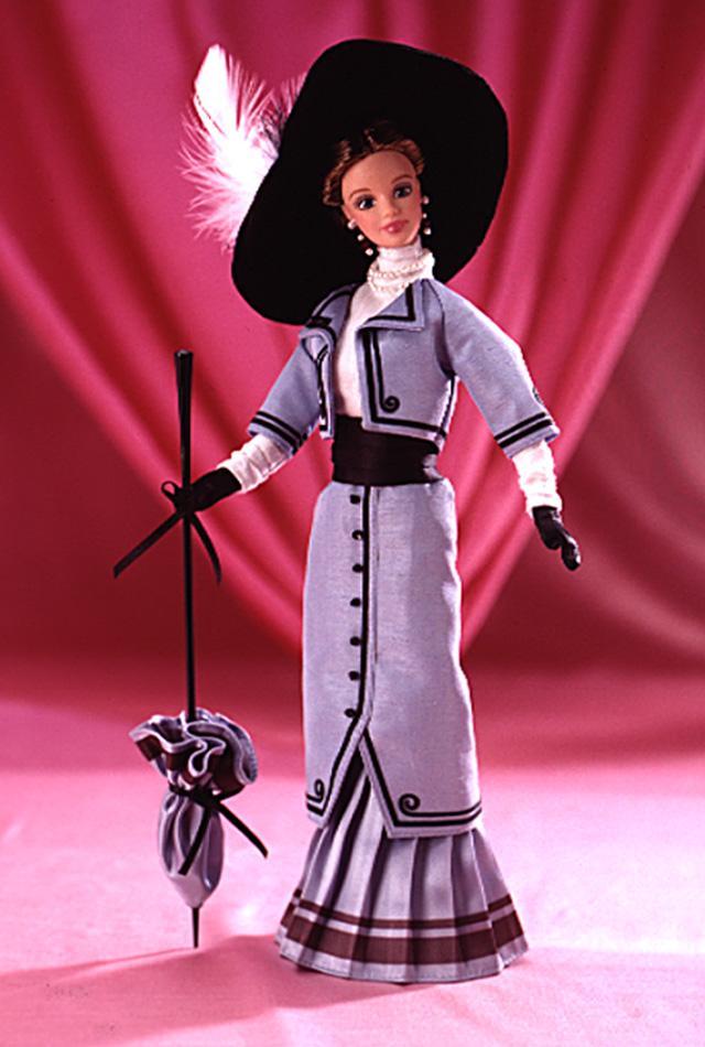 Барби в образе одри хэпберн из фильма