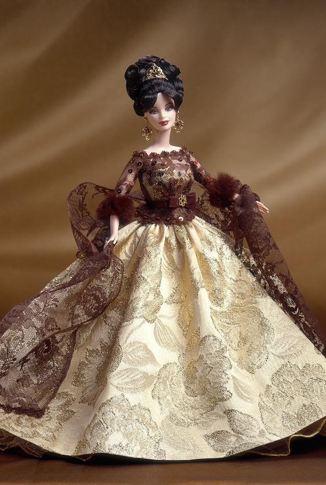 Красивые платья для кукол с выкройками