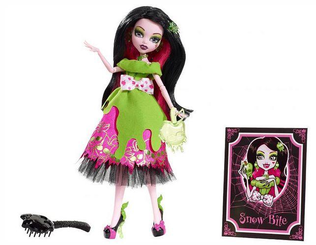 Fairy Tale Ghouls - новая серий кукол Школа Монстров ... Монстр Хай Куклы Дракулаура