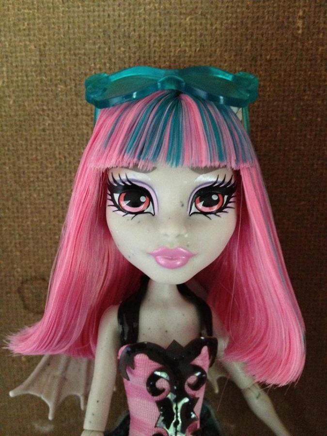 Как сделать прическу кукле монстер хай рошель