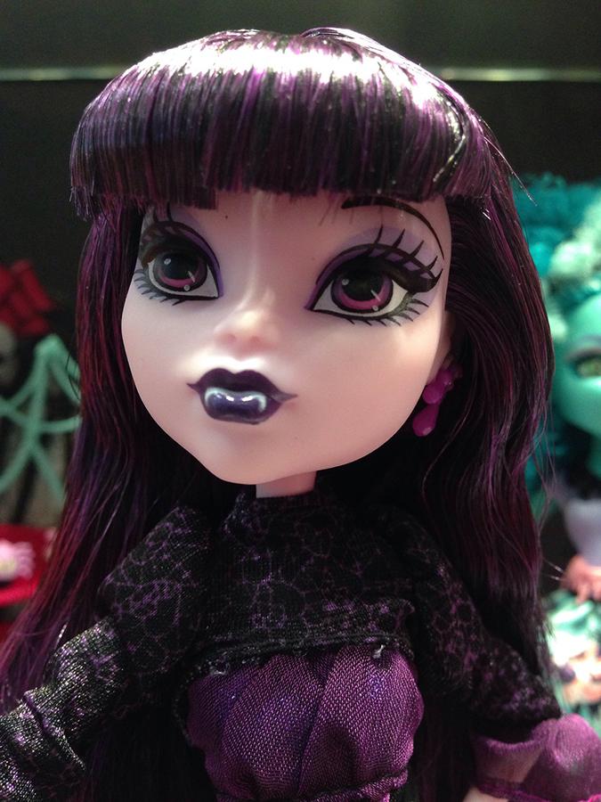 Новые куклы Монстр Хай 2013-2014 года со стендов Нью-Йоркского Комик кона
