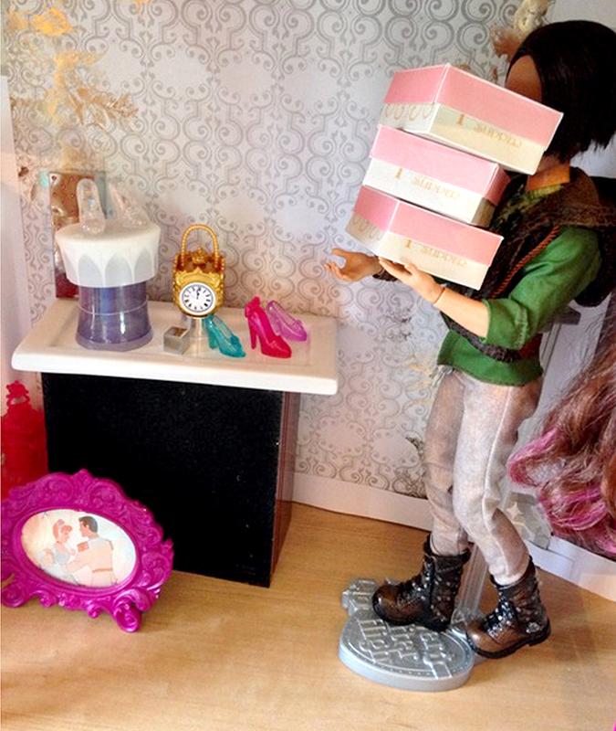 Гаджеты для кукол своими руками 24