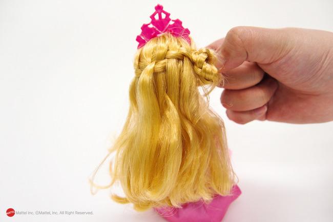 Сделать куклам прически куклам