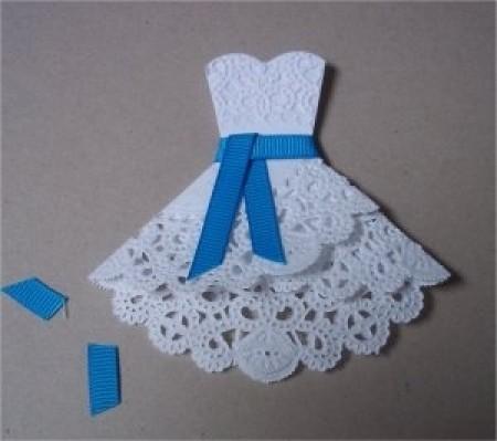 Открытка в форме платья
