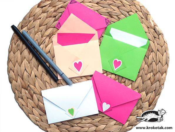 Поделки: Красивый конверт из бумаги своими руками