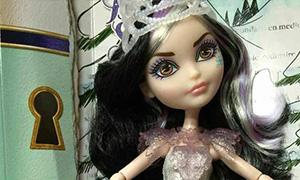 Игра Барби на Льду