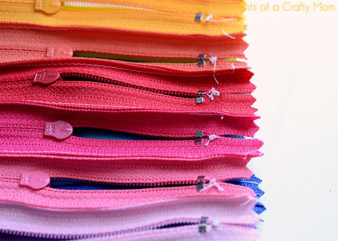 Поделки: Радужный пенал (косметичка) из молний