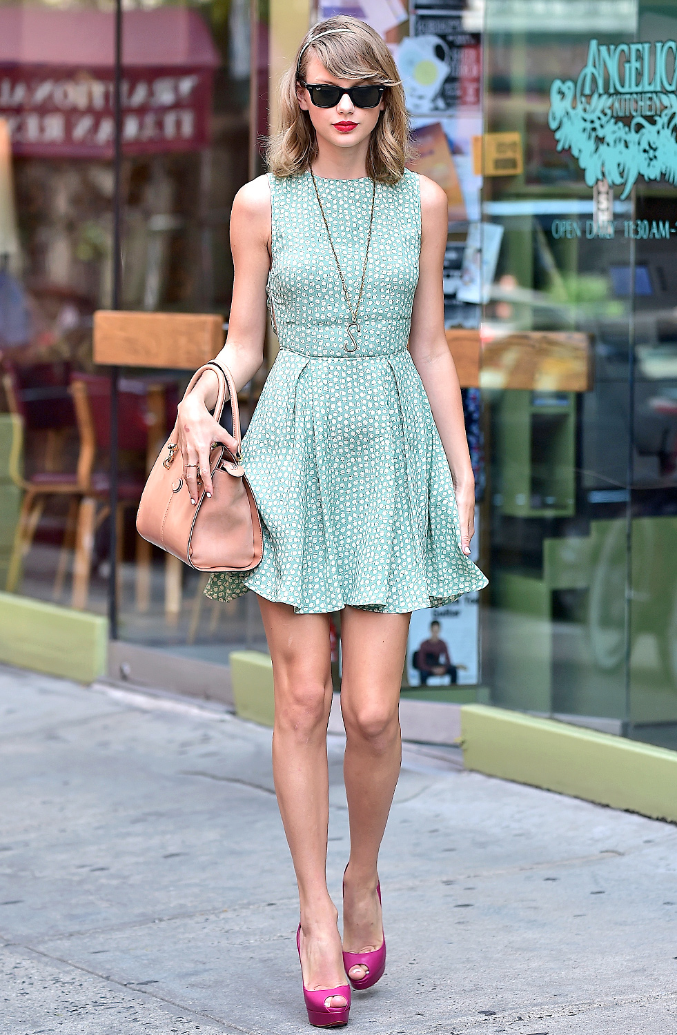 Top TV Shows, Recaps, New Movies. - Us Weekly Taylor swift decorate your own fashion