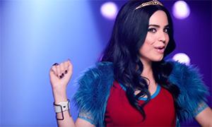 Видео Дисней Наследники: Песня Rotten to the Core в исполнении Софии Карсон