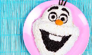 Новогодние рецепты: Салат в виде снеговика Олафа