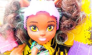 Monster Family: Новые куколки младших сестренок Клодин, Лагуны и Дракулауры